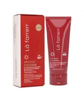 کرم ضد آفتاب و ضد لک رنگی پوست چرب SPF40 لافارر 40 میلی لیتر